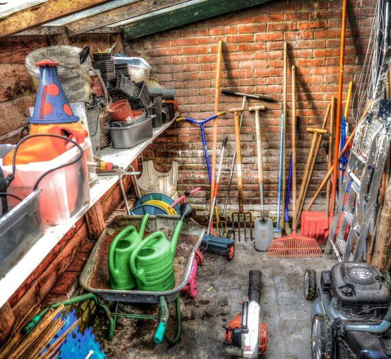 Narzędzia ogrodnicze – w co warto się wyposażyć
